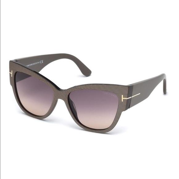 9cb86a77ba7 Tom Ford Cateye sunglasses. Anoushka FT 371. M 575b3d9b291a359f5b0057f3.  Other Accessories ...