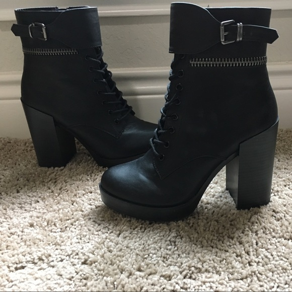 9859aee5417 New forever 21 black thick heel boots size 7.5