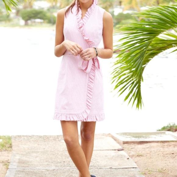 94c6073955 Vineyard Vines Seersucker Wrap Dress. M_575b617d6a5830627a008b96