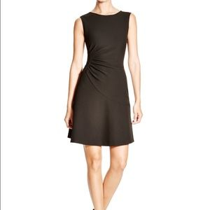 Diane von Furstenberg Dresses & Skirts - DVF NWOT Dayna Ruched Fit & Flare Black Dress Sz 4