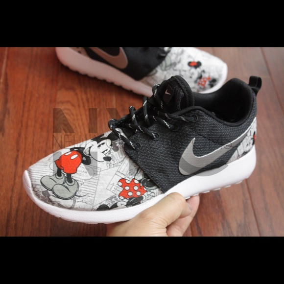 Unique Nike Shoes | Mickey Minnie Mouse News Roshe One | Poshmark IH82