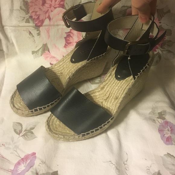 de3c846a07b1 Soludos Open Toe Leather Wedge Sandals size 6. M 575b8487291a351eda00e78b