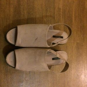 Baby pink flatform sandal