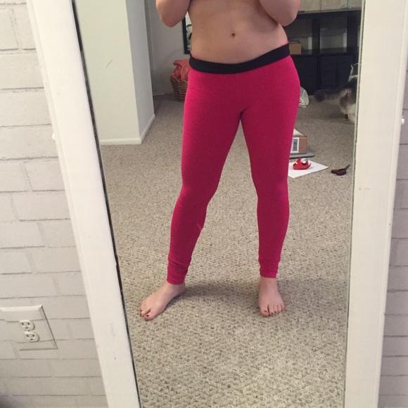 67cfb7d719b6 Hot pink Nike leggings. M 575c20bc8f0fc46f5c002597