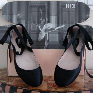 Bloch Shoes - 💗 Bloch ballet style flats