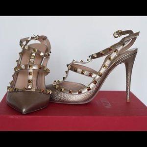 Valentino Shoes   Valentino Rockstud