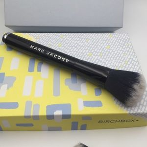 Marc Jacobs Other - Marc Jacobs The Face I Foundation Brush