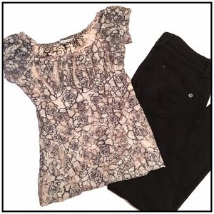 Moa Moa Tops - Pink and black lace top