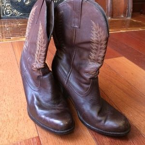 Steve Madden Shoes - Steve Madden Frontier Cowboy Style Stack Heel Boot