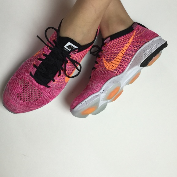 look for new design buy good ⚡️flash sale⚡️NWT Nike flyknit zoom agility pink NWT
