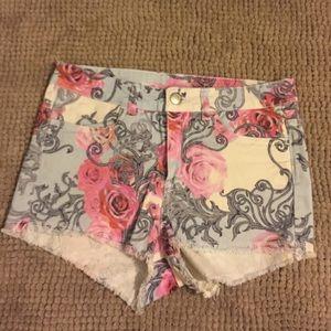 H&M cute floral shorts