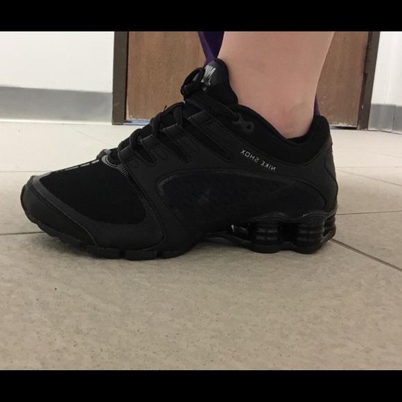 deb591a9fc1e6b All black Nike Shox. M 575cbf2e4225be8ee70071b5