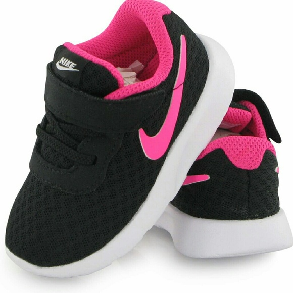 Nike 'Tanjun' *Toddler* Girls Sneakers!