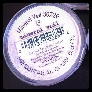 BareMinerals foundation - mineral veil