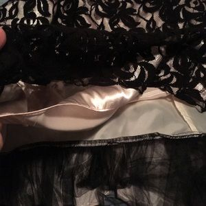 Onyx Dresses - Cocktail dress, flirty lace 20w