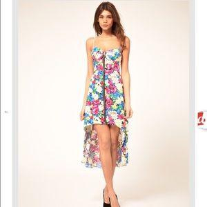 Paprika Dresses & Skirts - NWT Paprika Floral Zip front bustier dress! ✨💕