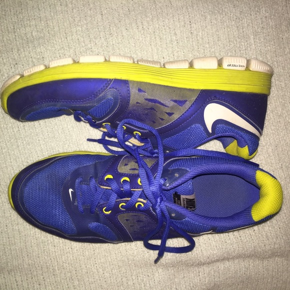 60 nike shoes blue and green nike athletic shoes