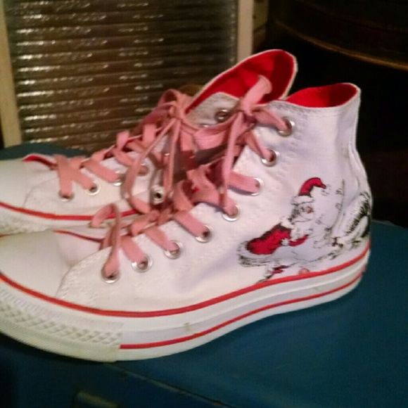 414091c94566 Converse Shoes - How the Grinch stole Christmas Converse