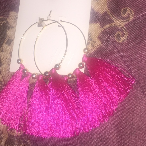 H&M Jewelry - Tassel earrings