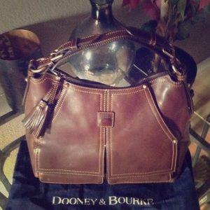 Handbags - Dooney Hobo