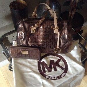 Handbags - Michael Kors Grayson Rose Gold💯💞