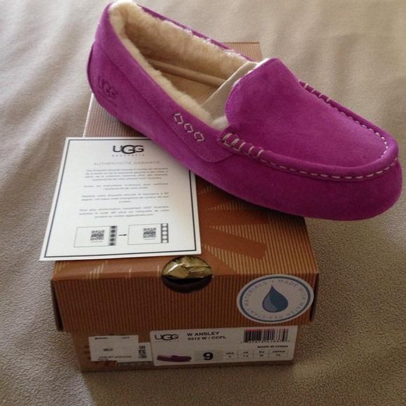 ugg ansley slippers size 9