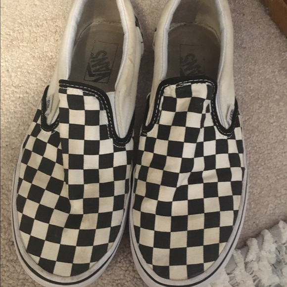 vans slip on black 8