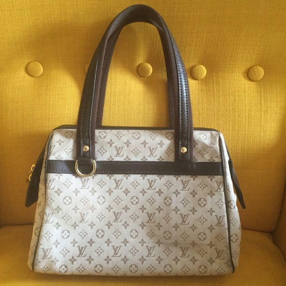 ef0929f6645 Louis Vuitton Handbags - AUTHENTIC LOUIS VUITTON MINI JOSEPHINE PM