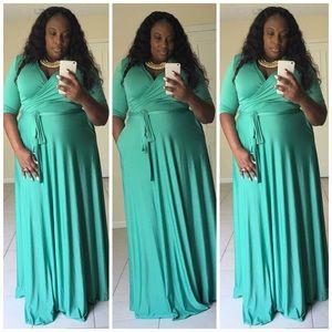 Elegant Maxi Dress -Kelly Green