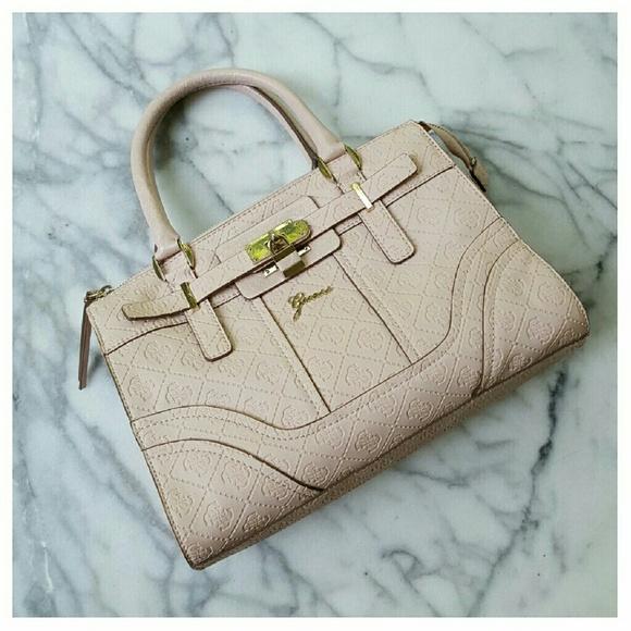 ccb37875ebd7 Guess Handbags - Guess La Vida Logo Small Satchel