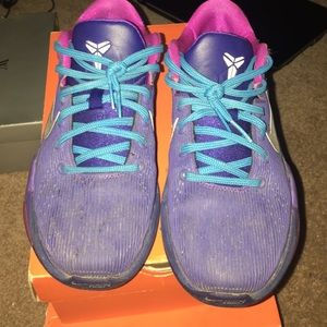 ef6bde7b85645 Nike Shoes - KOBE 7 jellyfish
