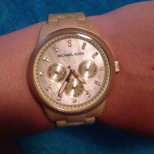 Michael Kors Accessories - Michael Kors Blonde Tortoise Shell Watch