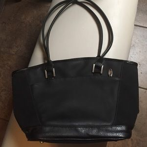 Ameda Handbags - Black Ameda Tote