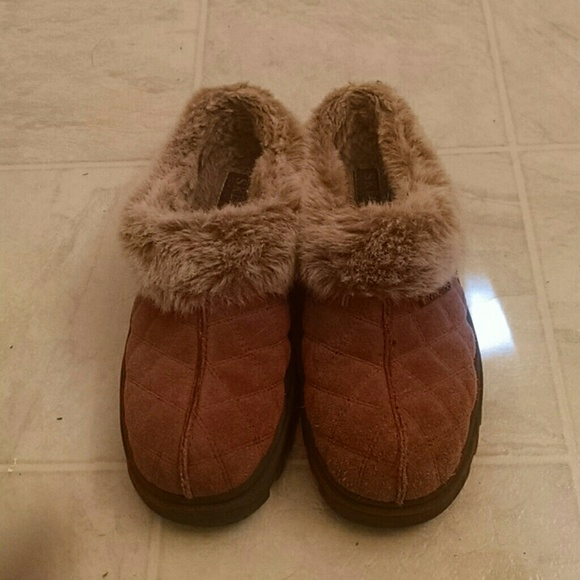 Skechers Shoes   Skechers Furry Slip On