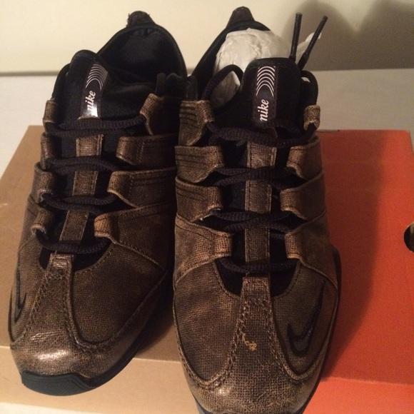 b60c30ff048a Women s Nike Zoom Danzante Lea Sneakers