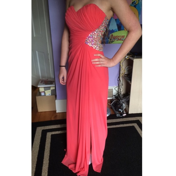 Jump apparel red prom dresses