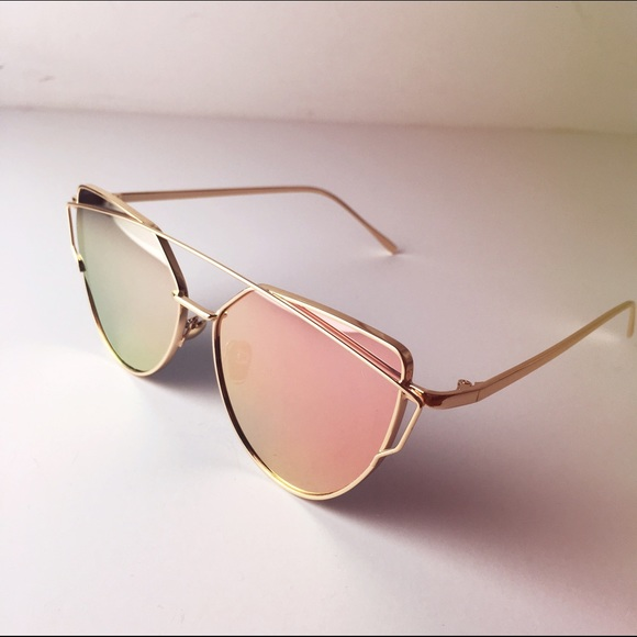 3dccefc92f0 Rose Gold Mirrored Cat Eye Sunglasses