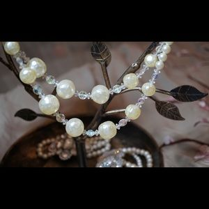 Vintage Costume Jewelry Pearl and Beaded Necklace