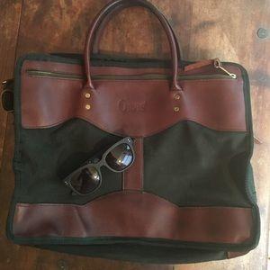 "Orvis Handbags - Vintage Orvis Travel bag 17"" x 14"" x 5"""