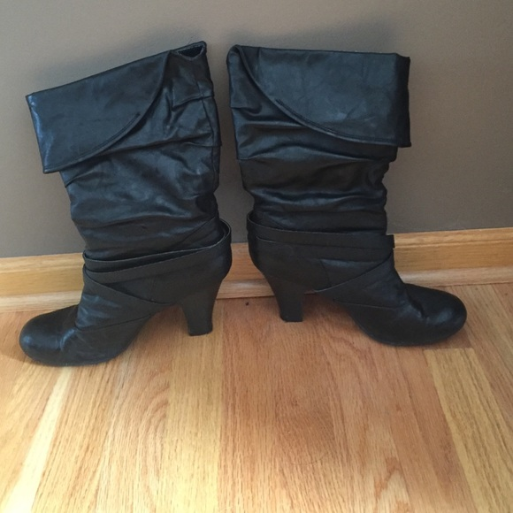 76 shoes black leather slouchy high heel boots sz