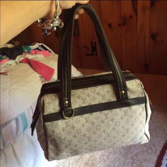 Louis Vuitton Handbags - Authentic Louis Vuttion Mini Lin Josephine PM 9bb6444ed07a