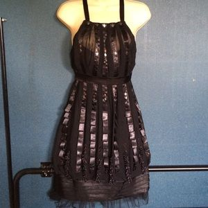 Sue Wong Dresses & Skirts - Sue Wong black cocktail dress size 2 100% silk