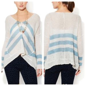 Free People Blue & White Twelve Rose Sweater Sz L