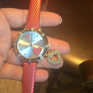 Accessories - Price dropped ⬇️ ⬇️New red and golden hearts watch