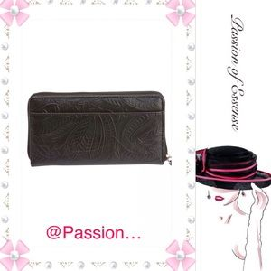 Casual Outfitters™ Handbags - Solid Genuine Leather Ladies' Wallet