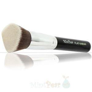Mint Pear Beauty Other - Mint pear Flat Kabuki Brush.