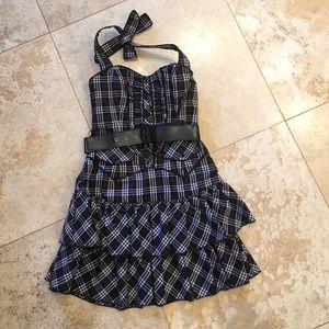 bebe plaid dress on poshmark. Black Bedroom Furniture Sets. Home Design Ideas