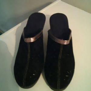 Nice black slip on