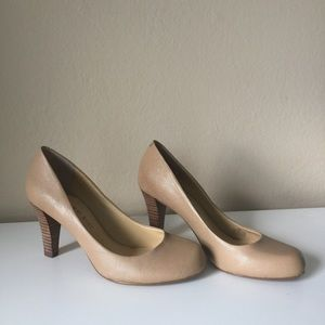 Gianni Bini Shoes - Gianni Bini Sierra Tan heels size 6