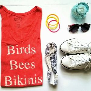 Billabong Tops - Birds, Bees & Bikinis T-shirt. Lrg. Blush pink